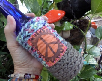 Hippie Gift, Hippie Festival, Peace Sign, Beer cozy, beer cooler, hippie crochet, beer gift, beer accessory, can cooler, bottle cooler, C47
