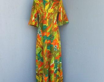 Vintage Ui Maikai Hawaiian Dress, Hawaiian Print, Empire, Hostess Dress, Luau, Resort Wear, Boho, Beach Wear