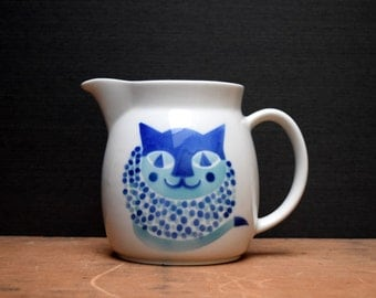 "Arabia of Finland Kitty Cat Pitcher, Blue and Turquoise, Large 6.5"" Jug, Designed by Kaj Franck"