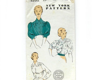 1940s Vintage Blouse Pattern RARE New York Pattern 1202 Gold Seal / French Cuffs  / Size 14 Bust 32