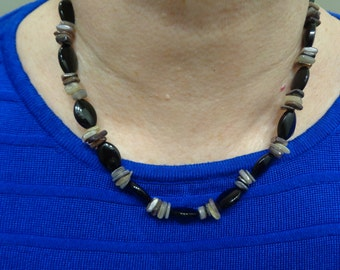 Black/brown beaded necklace