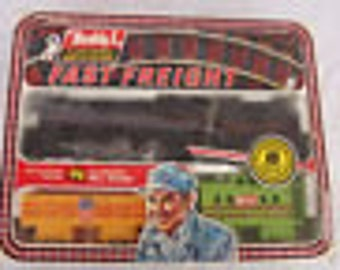 Vintage 1976 Buddy L Wind Up  Engine Fast Freight Train Set, Rare,  Original Box