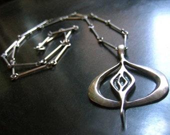 Vintage Israel Modernist Sterling Silver Necklace, Modernist Brutalist Silver Artisan Signed Necklace, Israeli Designer 1970s 1960s Necklace