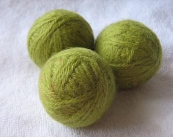 Set of 3 dryer balls 100% wool soft green