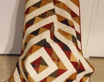 Elegant Christmas Quilt / Christmas Quilt / Christmas Throw Blanket / Handmade Quilt / Red / Green / Cream