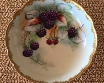 Blackberry Footed Bowl