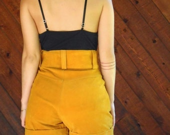 20% OFF mid-season ... Mustard Suede Leather High Waist Shorts - Vintage 80s - XS or M