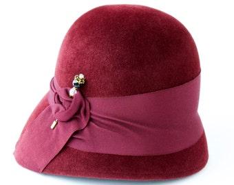Cloche Hat Wine Burgundy Oxblood Felt Hat Fall Fashion Women's Hat Fall Accessories Art Deco Fashion Great Gatsby Style Handmade Flapper Hat