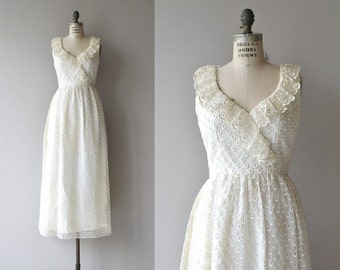 Sinamona eyelet wedding dress | vintage 1970s maxi dress | eyelet lace 70s wedding dress