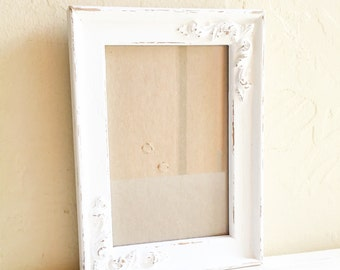 Pretty Shabby Chic White Filigree Wood Picture Frame 4 x 6 Inches with glass