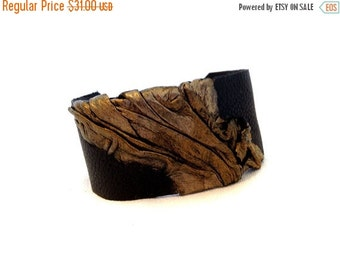 50% OFF SALE Leather cuff bracelet Women cuff Antique gold Elegant Leather jewelry Wristband Casual Elegance collection.