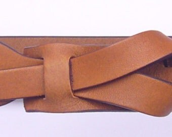 Skinny Leather Belt in Dark Camel by Muse 1 inch