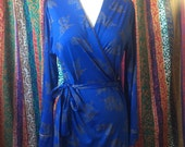 Vintage blue polyester granada robe with gold trim and gold flowers sz medium