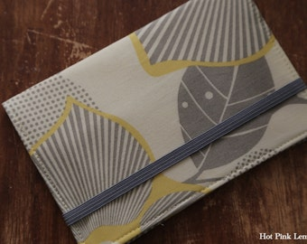 Fabric Passport Cover - Optic Blossom
