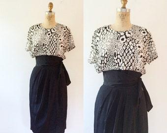 vintage rayon dress / animal print dress / Python print dress