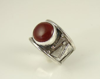 Round Carnelian in Sterling Ring