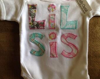 Lil Sis appliquéd one piece bodysuit, little sister applique, little sister outfit, girl baby outfit
