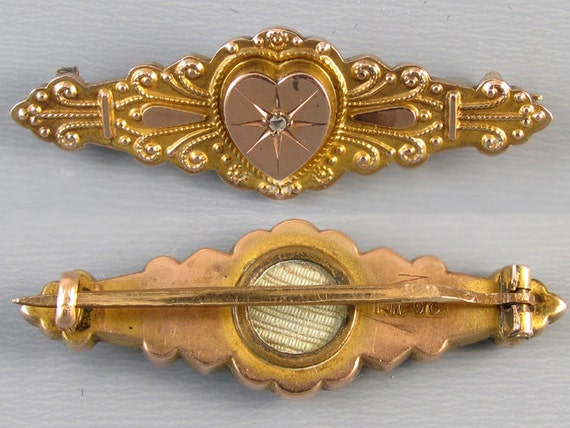 Antique English Victorian 9CT heart brooch pin with hidden locket on back