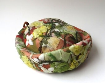 50s/60s vintage Floral Bouquet Hat / Amy New York