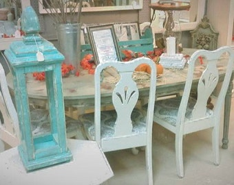 Dining Table with 6 Chairs, Weathered Grey / Distressed White Cottage Style - Shabby Cottage Farmhouse Chic