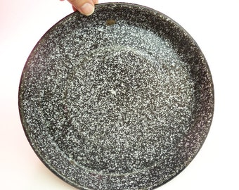 Vintage rare Black and White Graniteware Spatterware Enamelware Pie Pan Plate Dish