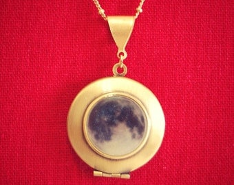 Moon Locket Necklace Quote Jewelry Necklaces Moons Photo Custom Space Stars Galaxy Unique Gift Custom Photo Jewellery If the Moon Smiled