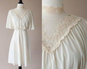70s White Victiorian Lace Boho Dress Small
