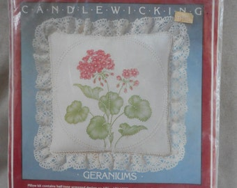 """Vintage Candlewicking Kit - """"Geraniums"""""""
