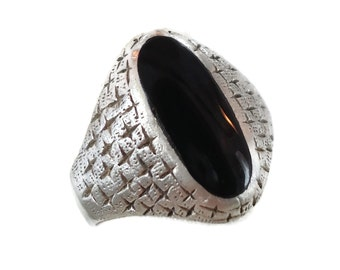 Black Onyx Ring, Sterling Silver, Mid Century Modern, Vintage Ring, Signet Style, Mans Mens, Size 9 1/2,  Diamond Cross Pattern, Oval Stone
