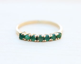 14K Emerald Band Ring - Size 5.75