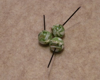 Recycled green acrylic beads - lightweight