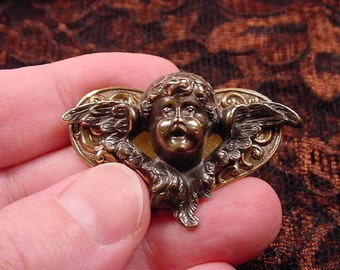 little Cherub Angel with wings on heart repro BRASS pin pendant brooch B-ANG-4