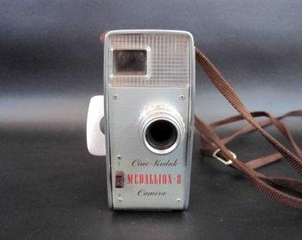 Vintage 1950's Kodak Medallion 8mm Movie Camera