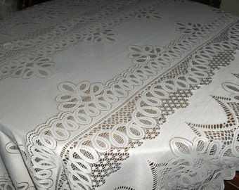 Vintage - Ivory Lace Tablecloth - Dining / Rectangle / banquet Table - Nice