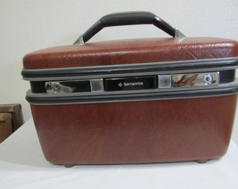 Train Case Samsonite with Tilting Mirror