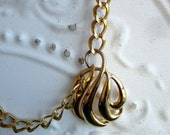 Vintage Signed Napier Gold Pendant Necklace Large Statement Runway Heavy chains