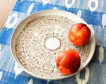Large Cloudy White Ceramic Plate/ Fruit Plate/ Serving Dish