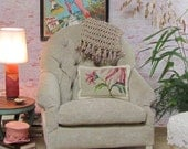 Velvet Tufted Chair for 24 inch to 26 inch Dolls