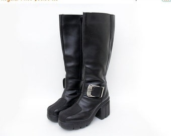FINAL SALE Vintage boots / Shark tall black chunky platform boots / size 37-7