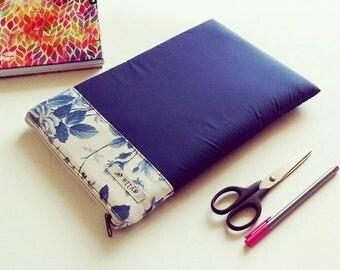 "MacBook Air 11"" Case, MacBook Case, MacBook Laptop Sleeve, Laptop Bag, Laptop Case - Floral white and blue, dark blue case"