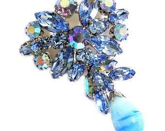 Regency Blue Rhinestone and Art Glass Brooch