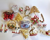 Lot of Christmas Brooches & Earrings