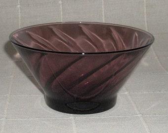 Mid Century Hazel Atlas Moroccan Amethyst Glass Candy Dish Bowl