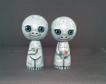 Yeti Wedding Toppers Abominable Snowman