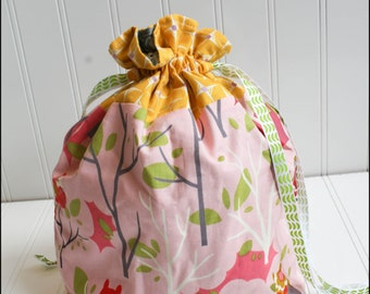 Pink Owls Drawstring Bag
