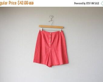 25% OFF SALE... 1960s Shorts | 60s Shorts | Pin Up Shorts | Red Shorts | Deadstock Chambray Shorts | High Waisted Shorts