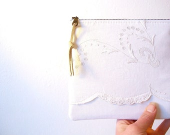 White Vintage Linens Zipper Pouch With Coin Pocket Makeup Bag Bridesmaids Gifts