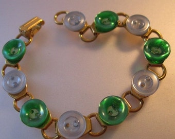 BIGGEST SALE of the Year Vintage Handmade One-of-a-Kind Button Bracelet Simply Green Jewelry Jewellery