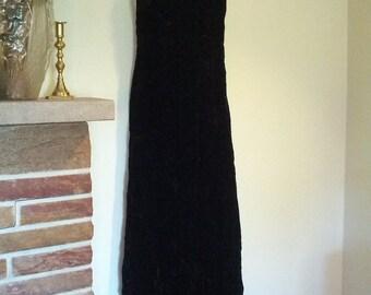 Stunning hollywood glam Deep V Deco inspired vintage 70s Black velvet  Gown size small medium