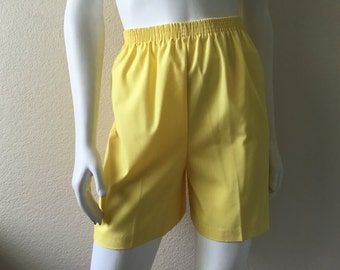 Vintage Women's 80's Yellow Cotton, Shorts, High Waisted (S/M)